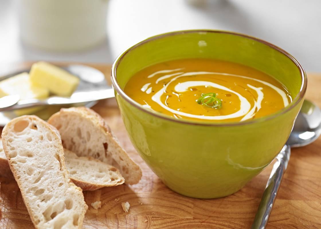 Parsnip carrot soup with sourdough bread
