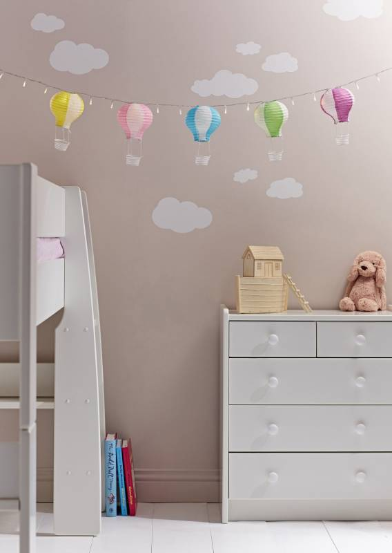 Lights4fun hot air balloon style fairy lights in childrens room with cloud themed walls